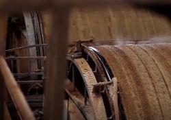 فیلم مستند کاغذ یک درنگ مچاله       www.filimo.com/m/etjq8