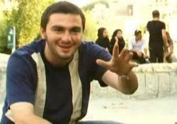 فیلم مستند «او یک مزاحم بود»        www.filimo.com/m/TVgd6