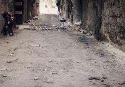 فیلم مستند «یرموک؛ بهانه ای برای آزادی»          www.filimo.com/m/QfWZU