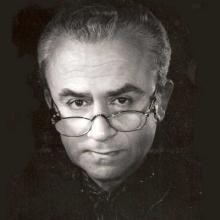 اکبر رادی -
