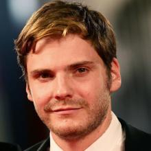 دانیل برول - Daniel Brühl