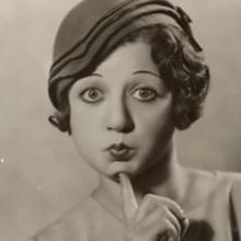 می کوئستل - Mae Questel