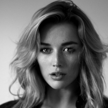 سارا دومونت - Sarah Dumont