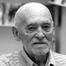 یژی نوواک - Jerzy Nowak