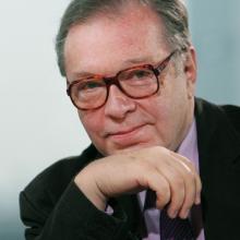 کشیشتف زانوسی - Krzysztof Zanussi