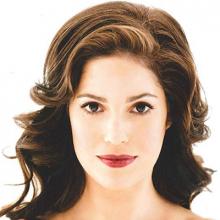 آنا اورتیز - Ana Ortiz
