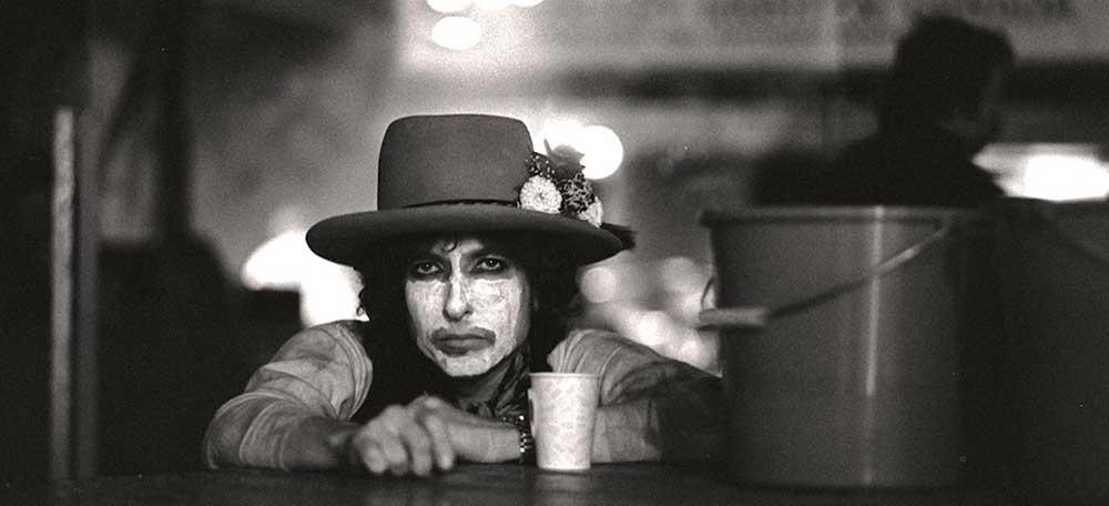 مستند  Rolling Thunder Revue: A Bob Dylan Story
