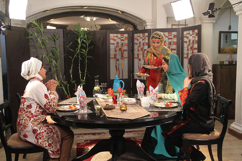 شبنم قلیخانی در شام ایرانی